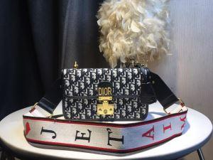 ぜひ今年のトレンドをチェック ディオール DIOR ちょっと大人の印象 レディースバッグ 2020年春夏流行ファッション(hiibuy.com X9niiy)-3