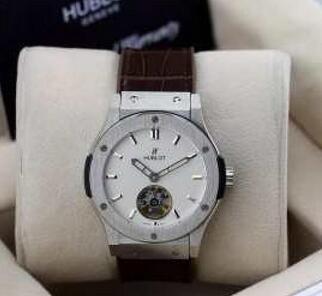 プレゼントに  HUBLOT ウブロ 高品質を楽しめる腕時計.(hiibuy.com P9Tb0D)-3