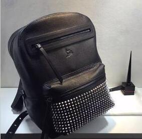 人気が高い 新作 LOUBOUTIN ルブタン Christian Louboutin 大容量のあるバッグ(hiibuy.com WPji8r)-3