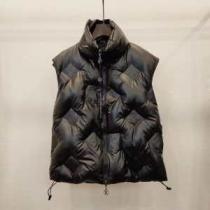 ルイ ヴィトンシルエットをキレイに見せる冬新作  LOUIS VUITTON 今年らしい秋冬新作は新しい姿を演出できる  メンズ ダウンジャケット(hiibuy.com PrySXn)-1