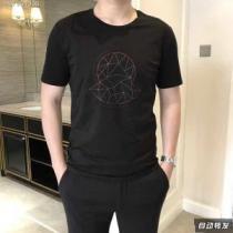 軽快に着こなせるMONCLERコピーモンクレールメンズロゴワッペン刺繍ビジネス用メンズクルーネック半袖Tシャツ(hiibuy.com qyaGPn)-1