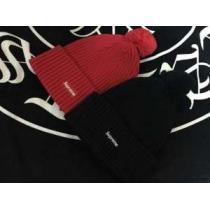 軽くて保温性の高いSUPREMEシュプリーム 通販ニット帽偽物 ボックスロゴ ポンポン付き ブラック 赤色2色可選 男女兼用(hiibuy.com CCSTfe)-1